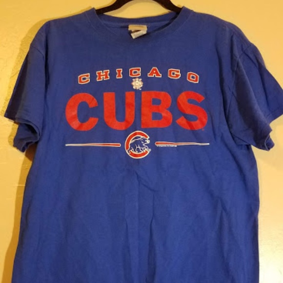 the best attitude a3951 986f4 Chicago Cubs shirt